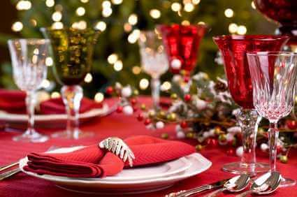 Novogodišnja dekoracija stola, crveno2 - domaći recepti