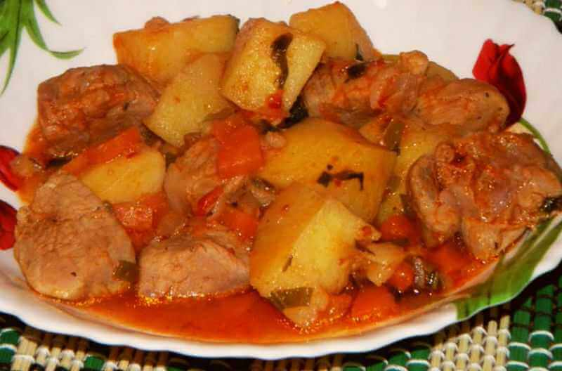 krompir paprikas sa mesom