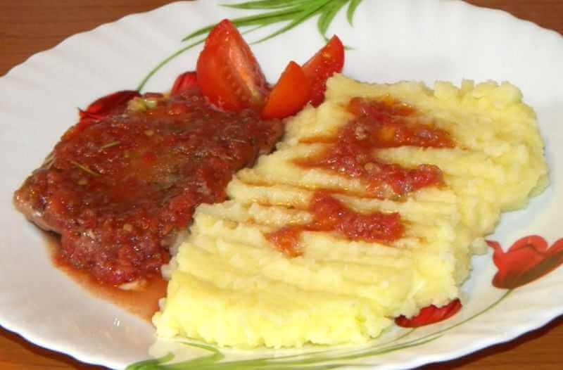 snicle u paradajz sosu
