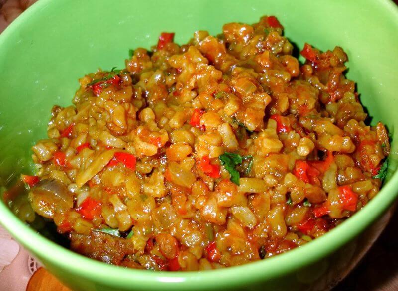 riza sa sampinjonima i povrcem