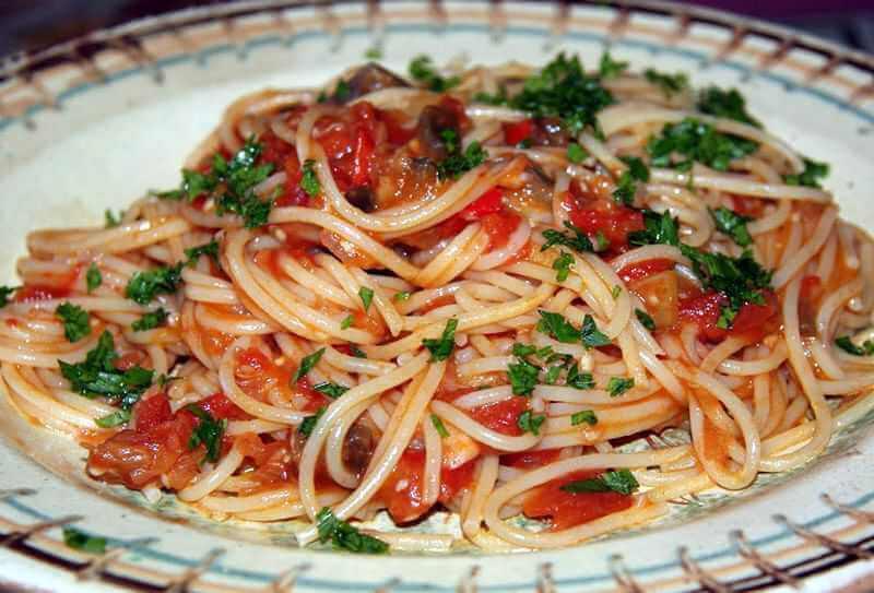 spagete u sosu
