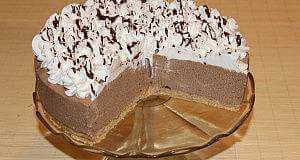 Nepečena čokoladna torta