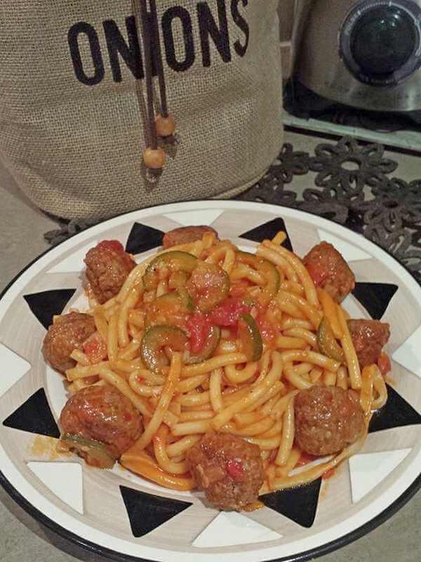 cufte sa spagetama
