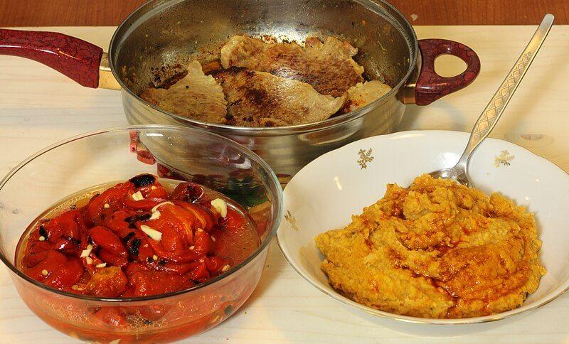 snicle sa pasuljem i pecenom paprikom