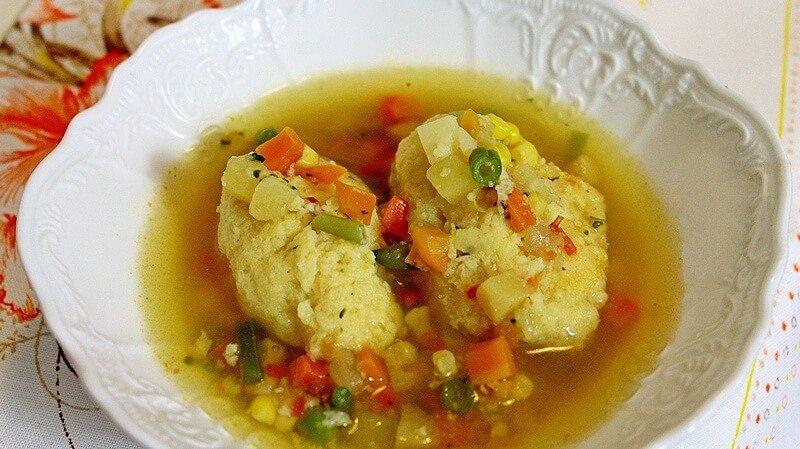 supa od povrca sa knedlama