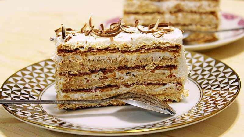 torta sa turskim keksom i lesnikom (2)