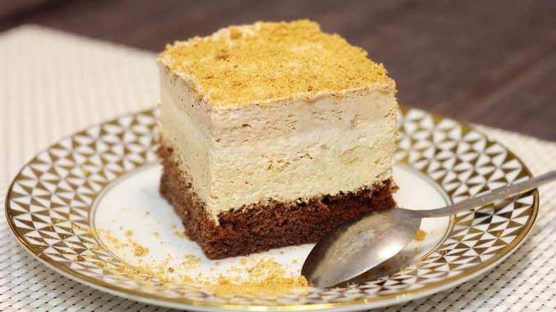 kremast kolac sa keksom