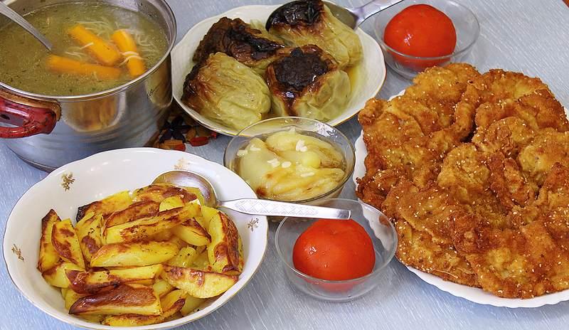 nedeljni rucak, supa, meso, krompir