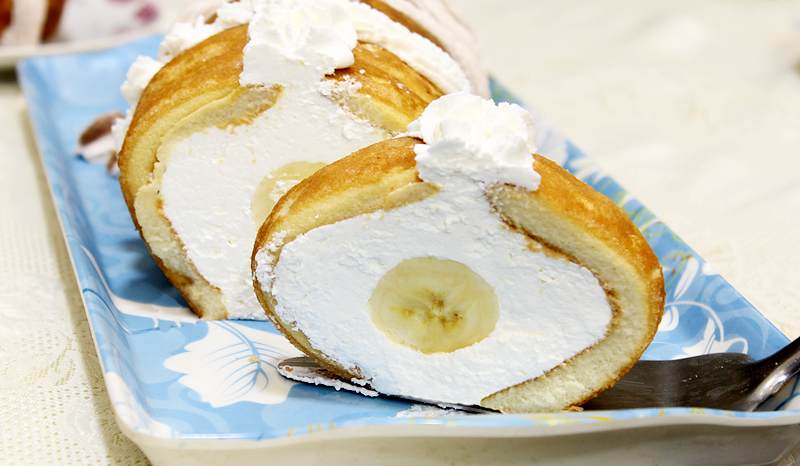 brzi kolac od piskota i banana