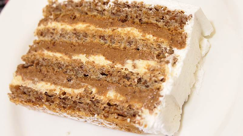 torta sa orasima i karamelom